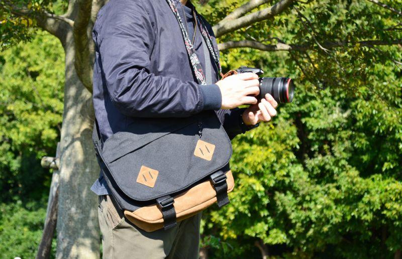 A-MoDe メッセンジャーカメラバッグ